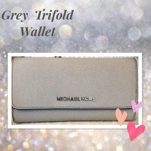 Michael Kors Bags - Michael KORS Wallet Trifold in Cement Leather 🌟